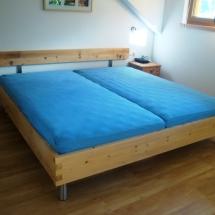 Schreinerei-Himmelsbach-Schlafen-Doppelbett-Zapfenverbindung