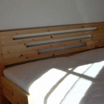 Schreinerei-Himmelsbach-Schlafen-Doppelbett-Zirbe